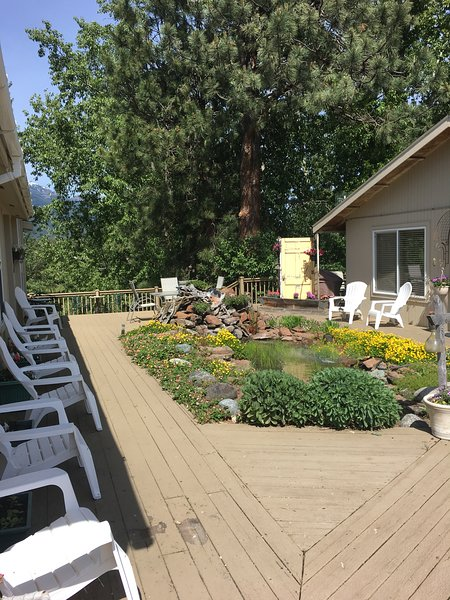 Community deck overlooking Wallowa River w private access and grill