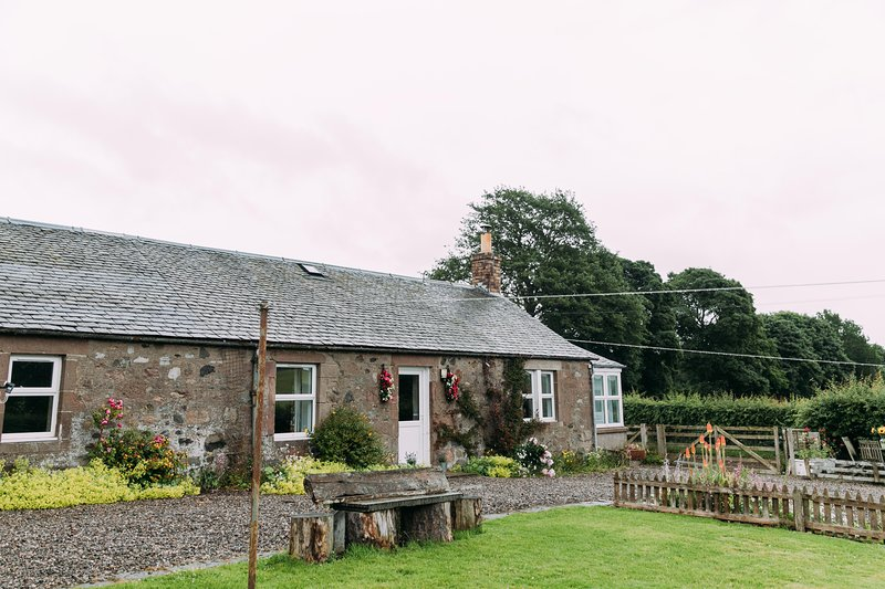 Incheoch Farm Cottage, vacation rental in Kirriemuir