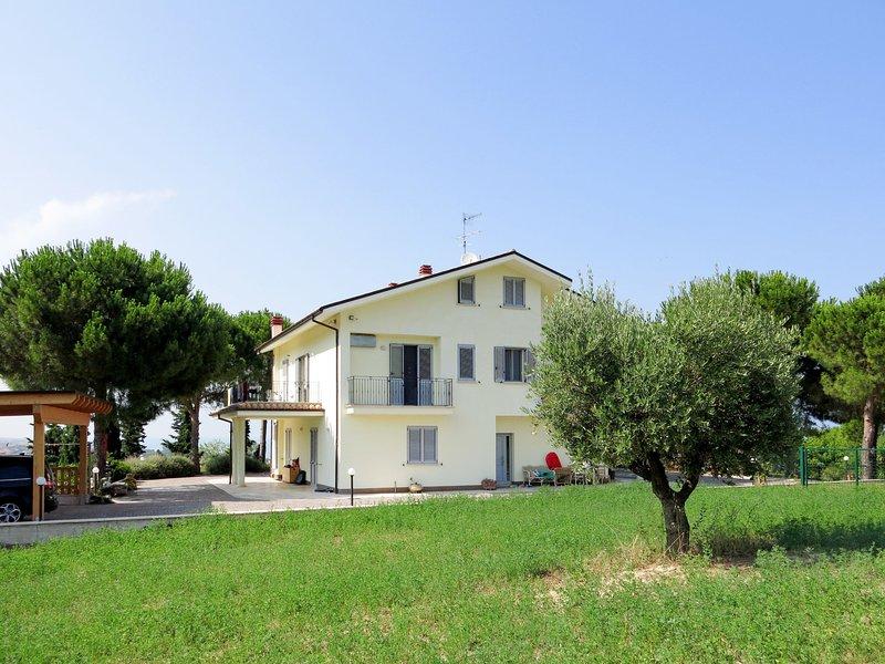 Michela (PIT231), holiday rental in Torre di Cerrano