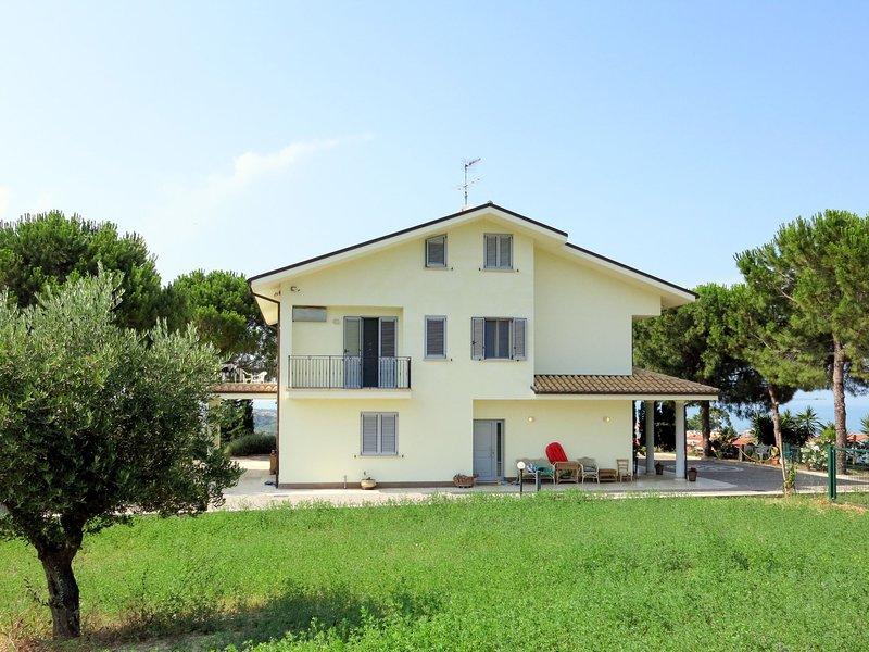 Michela (PIT230), holiday rental in Torre di Cerrano