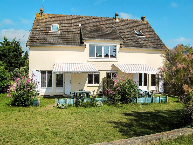 Babord (DVL402), holiday rental in Saint-Lo-d'Ourville