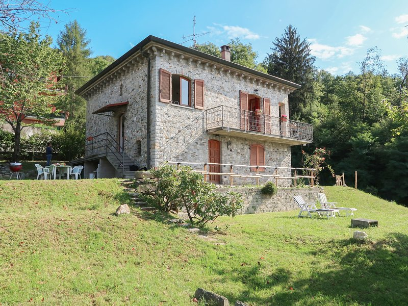di Elsa (BDB115), vacation rental in Brezzo di Bedero