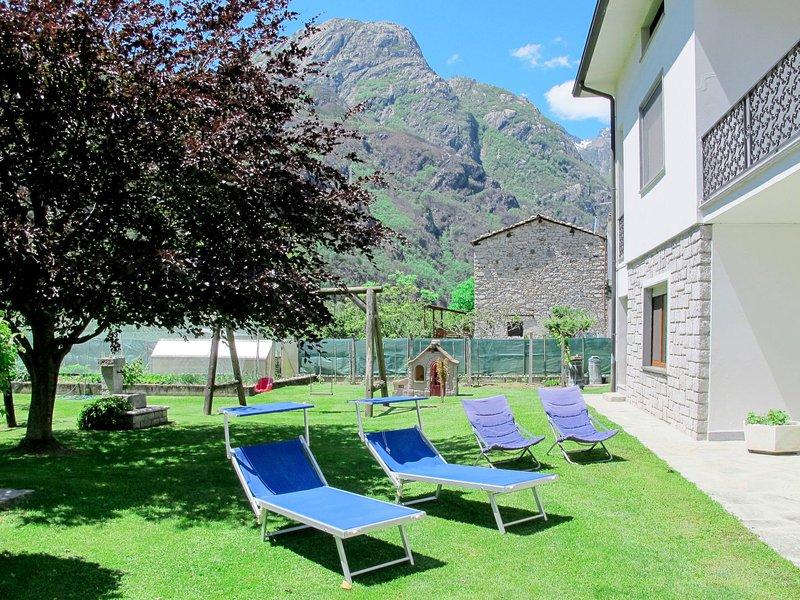 Serena (LMZ180), vacation rental in Dascio