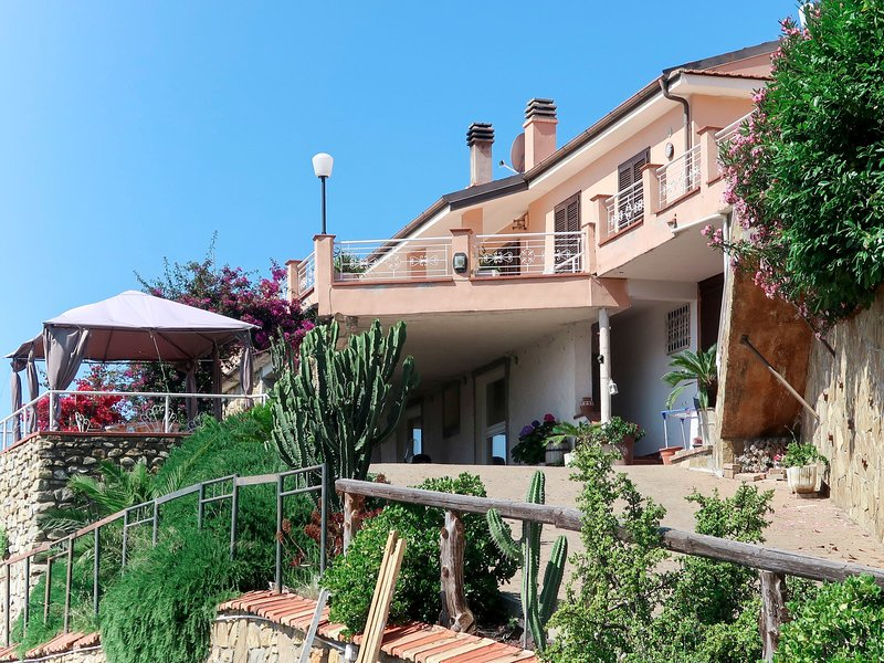 Beautiful apartment in Arma di Taggia with Swimming pool, WiFi and 1 Bedrooms, holiday rental in Pompeiana