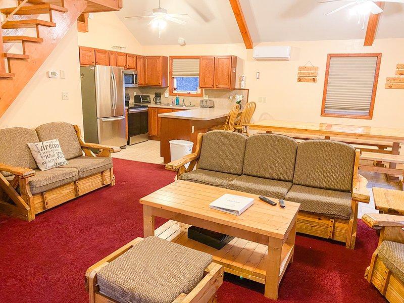 Poconos, Lake Beach, Sauna, Pool Table, Fireplace, Ski, vacation rental in Albrightsville