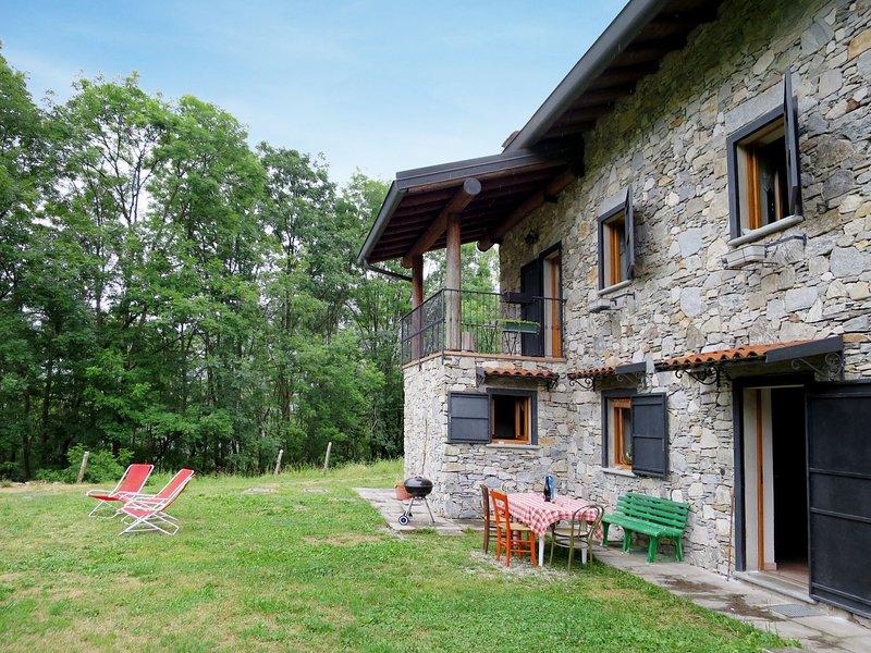 Alpe, vacation rental in Porto Valtravaglia