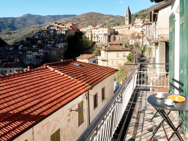 Ortensia (DOA300), holiday rental in Castel Vittorio
