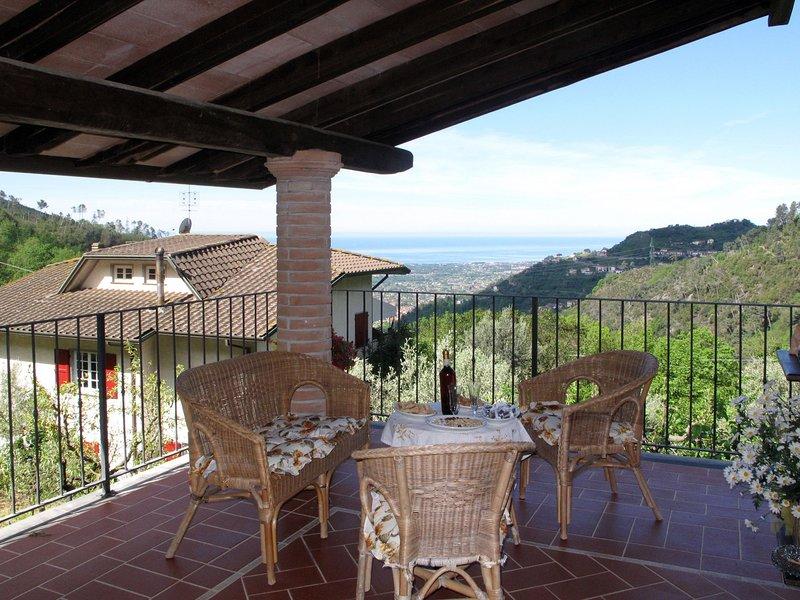 Luca (CTO401), holiday rental in Azzano