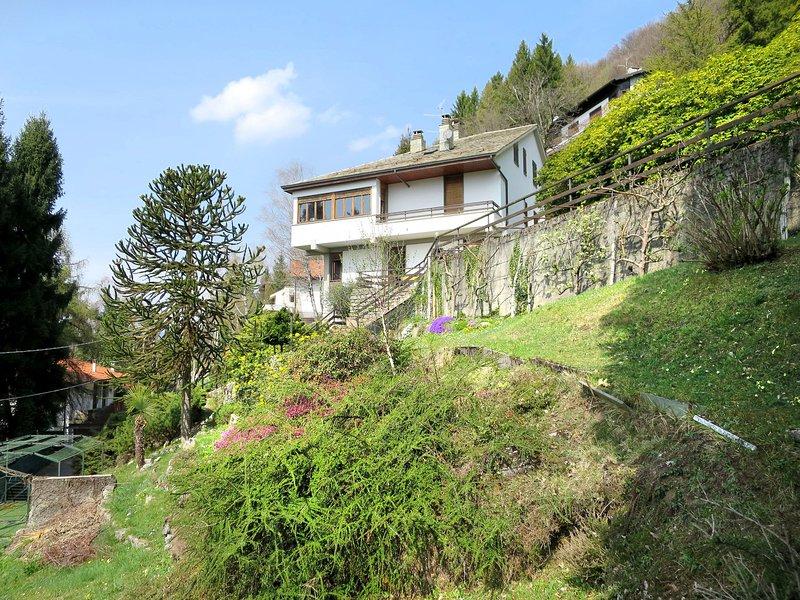 Miri (VIV330), holiday rental in Barni