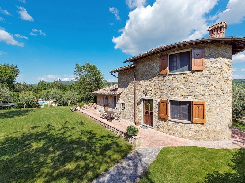 Villa del Poggio (RDD160), Ferienwohnung in Volpaia