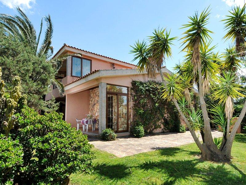 Villa Fiorita (TEO115), vacation rental in Suaredda-Traversa