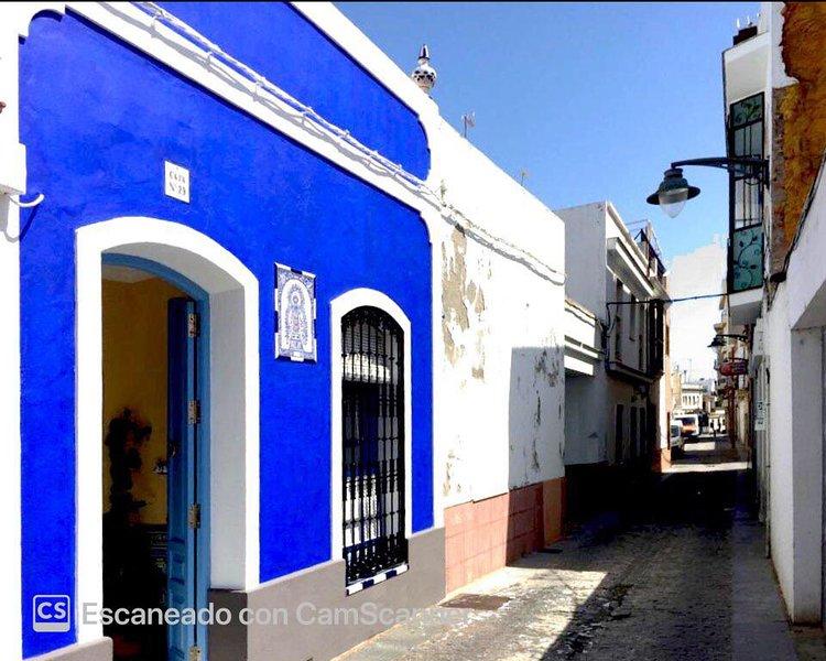 Habitación con  baño y kitchenette, aluguéis de temporada em Isla Cristina