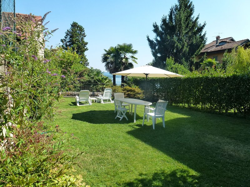 Il Giardinetto (BGT100), vacation rental in Belgirate