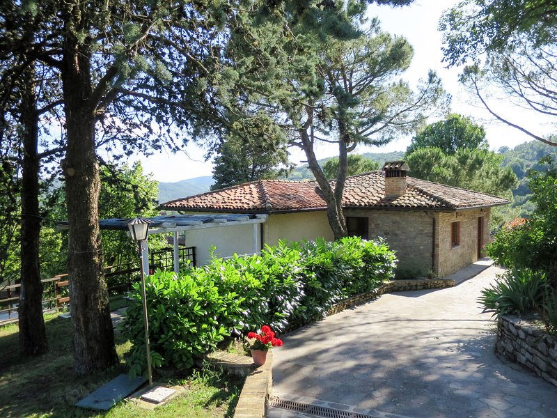 Il Monte (CCA105), holiday rental in Morra