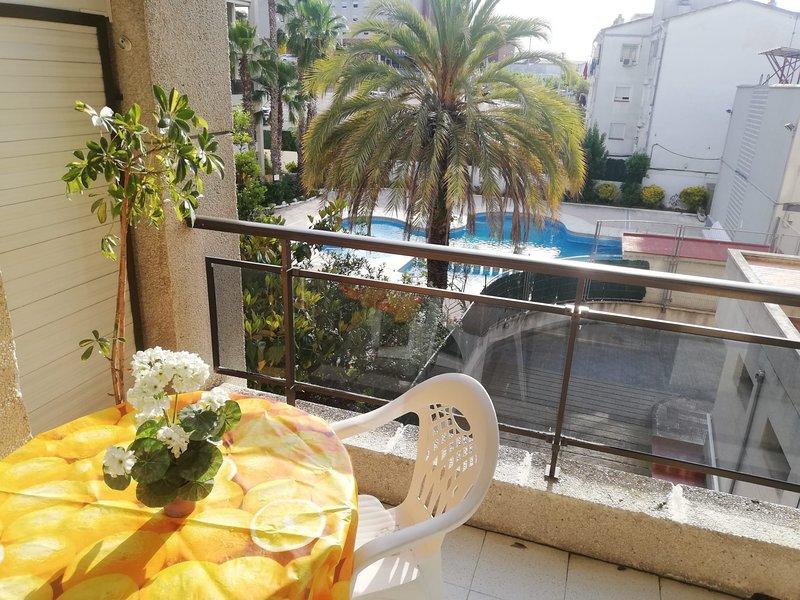 Apartamento luminoso a 200m del mar, aluguéis de temporada em Calella