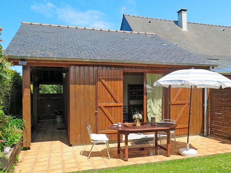 Le Chalet(ALE108), vacation rental in Saint-Benoit-des-Ondes