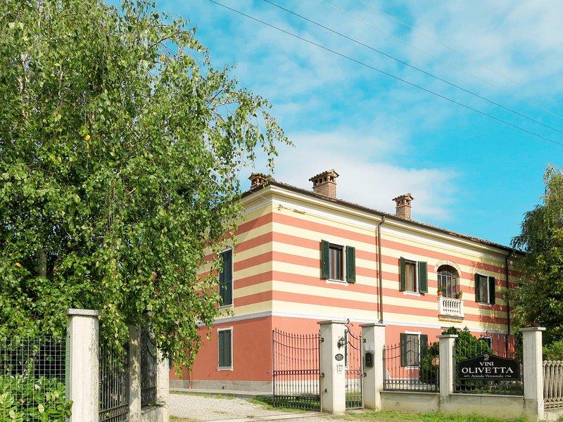 Olivetta (SIC200), holiday rental in Moncalvo