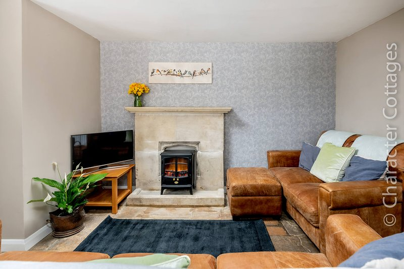 Little Mullions is a beautiful Grade II listed family home in Little Rissington., vacation rental in Wyck Rissington