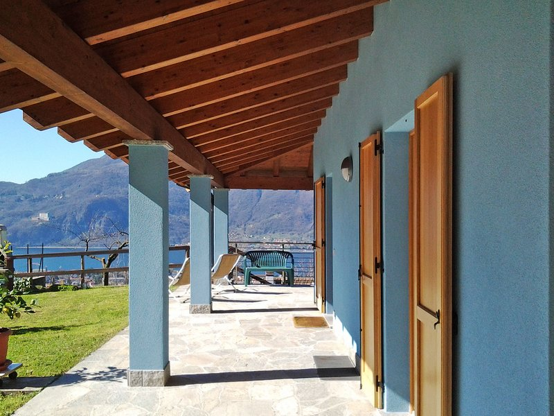 Il Giogo (MDL120), vacation rental in Mandello del Lario