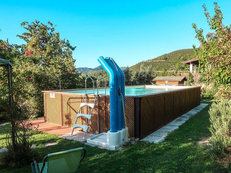 Casina (VDE211), holiday rental in Cisano sul Neva