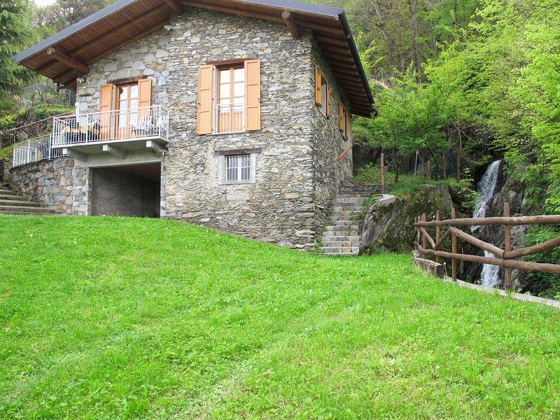 Bragna (PLL310), vacation rental in Pianello del Lario