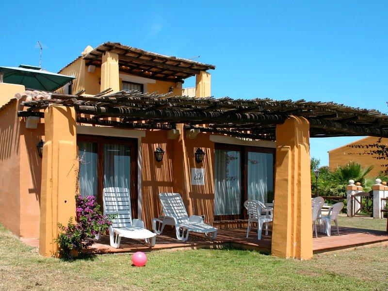 Country Village Sea Villas (STI220), vacation rental in Punta de su Torrione