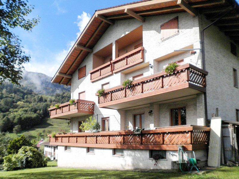 Casa Canali (LDL271), location de vacances à Pur