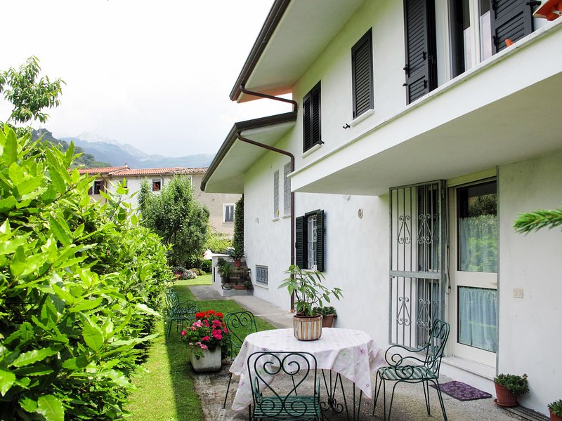 Mandarino (CTO443), aluguéis de temporada em Montignoso
