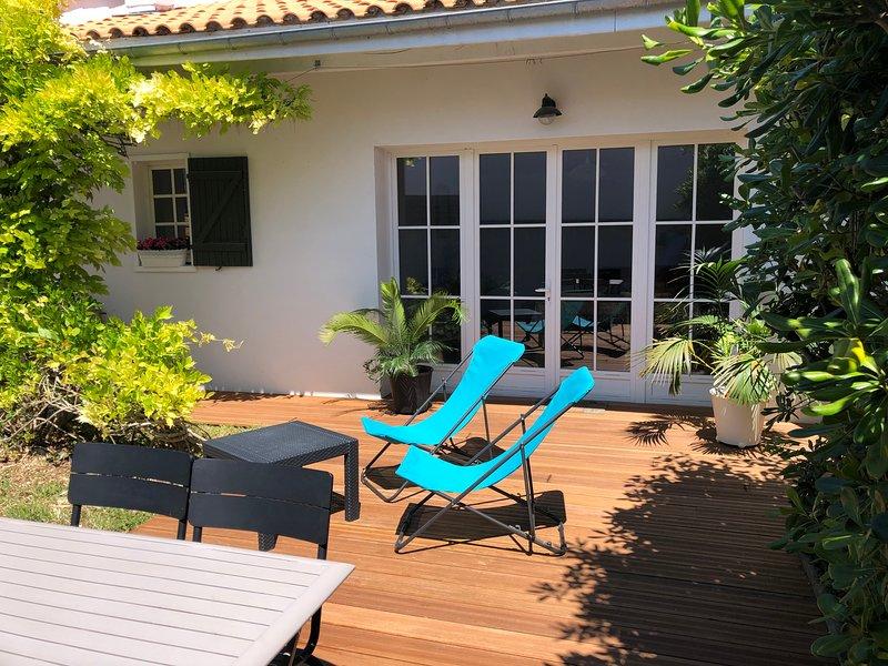 Joli gite indépendant calme et confortable, holiday rental in Le Bois-Plage-en-Re