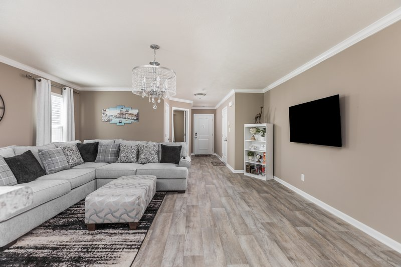 Brand New 5 Beds Luxury Home in a perfect location, holiday rental in Plainfield