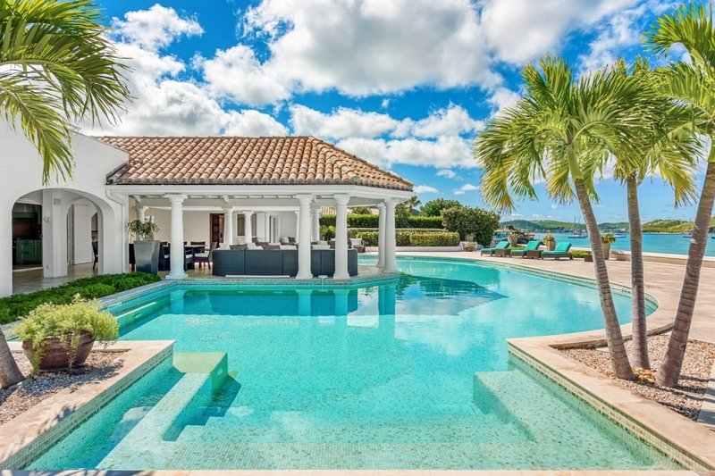 Villa Petite Plage 4 | Beach Front - Located in Magnificent Grand Case with Pr, holiday rental in Grand Case