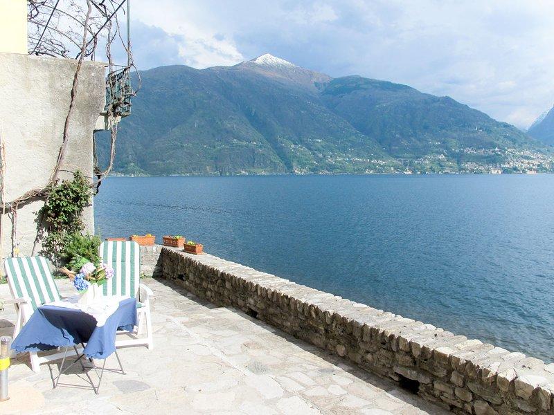 Gaetano (SRZ310), casa vacanza a Rezzonico