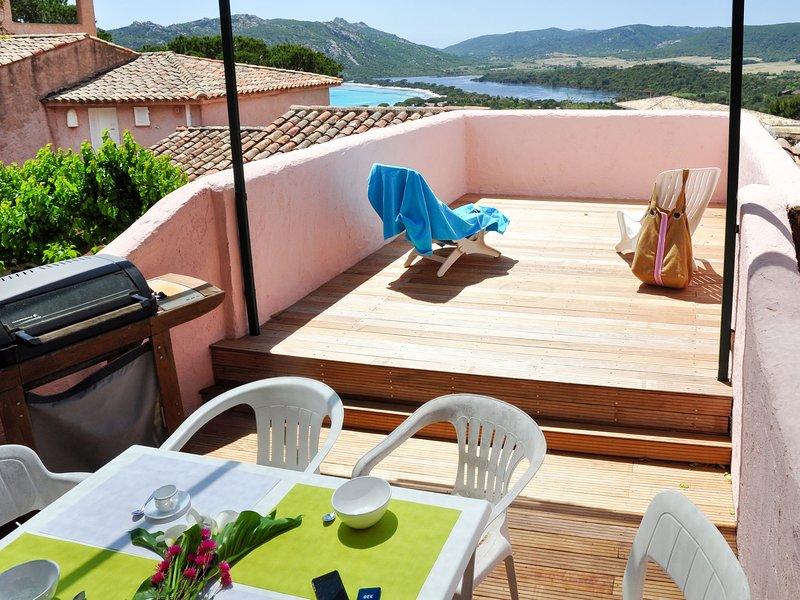 Marina di Santa Giulia (PVC551), holiday rental in Santa Giulia