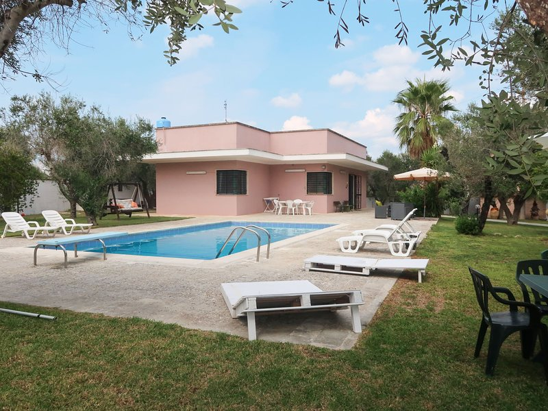 Giusy (LEC300), holiday rental in Sternatia