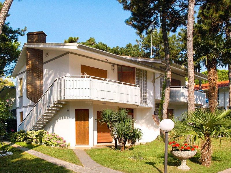 Ville Garden (LIG465), holiday rental in Aprilia Marittima
