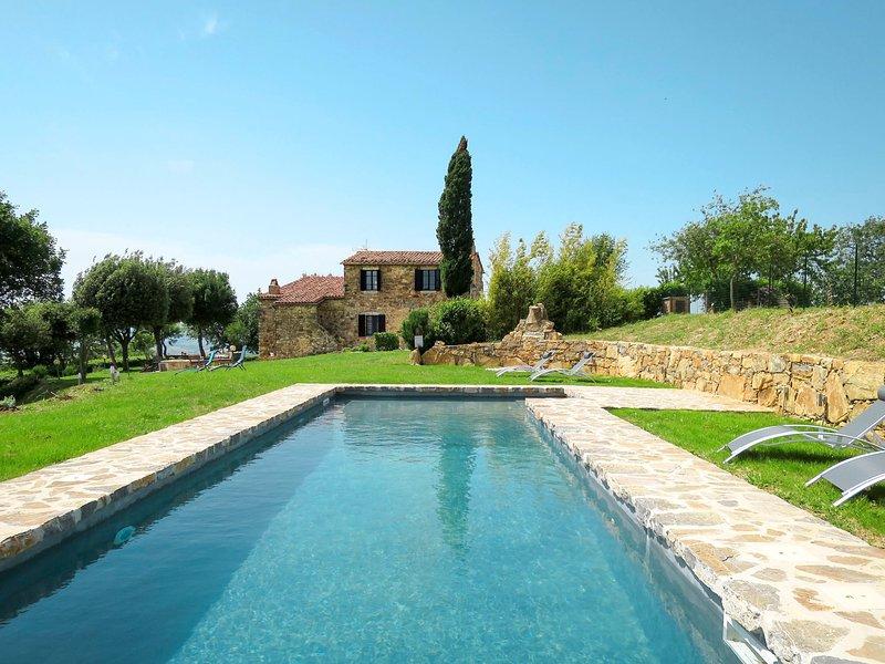 Montecavallo (SUA100), vacation rental in Poggio Murella