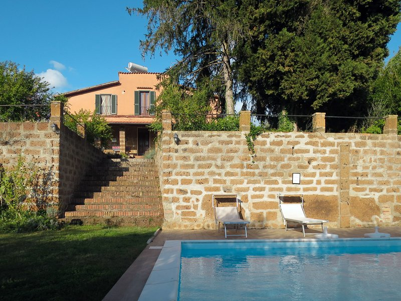 Casale Ai Noccioli, holiday rental in Corchiano