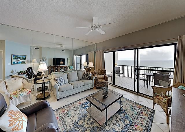Posh Beachfront Condo at The Palms w/ Pools, Tennis & Private Balcony, holiday rental in Orange Beach