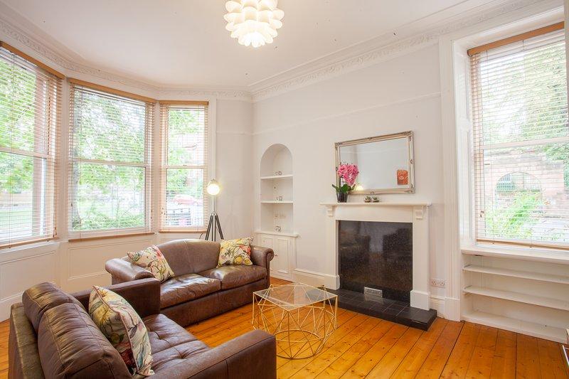 Luxurious 2 Bedroom Apartment in Glasgow West End, location de vacances à Glasgow