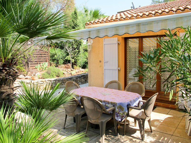 Le Clos d'Azur 1 (LMO138), holiday rental in Le Muy