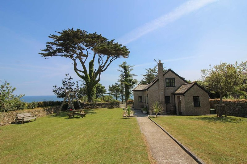 The Engine House, vacation rental in Portscatho