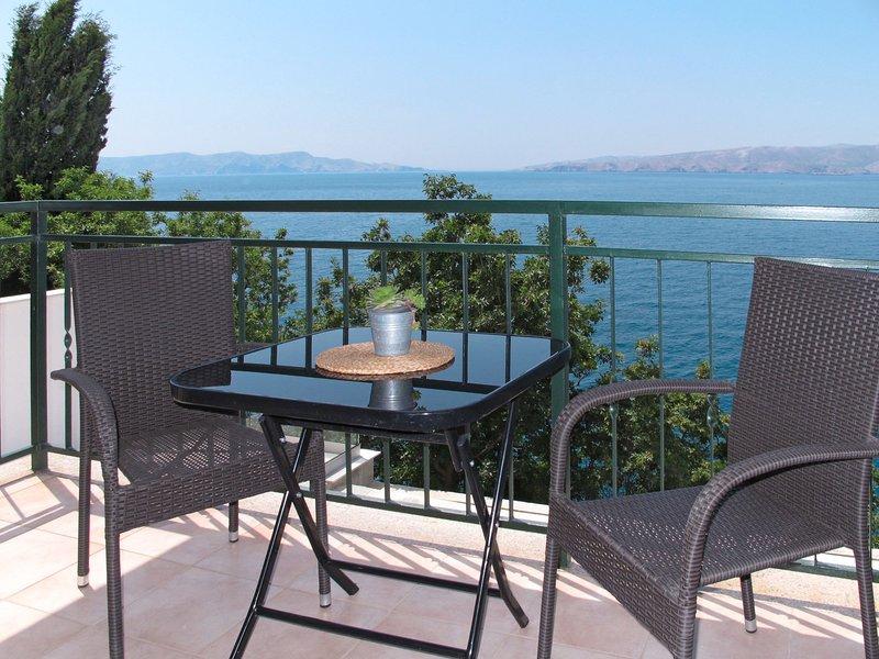 Marina (SNJ107), location de vacances à Senj