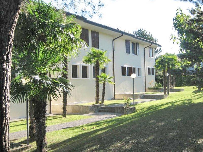 Il Lauro (LAZ151), vacation rental in Pastrengo