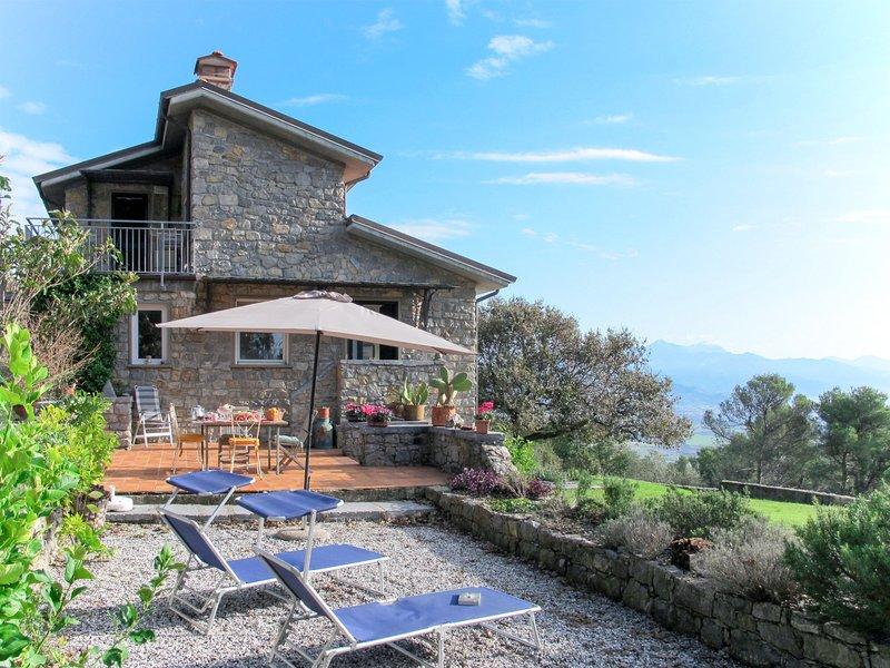 Appartamento Marepietra (LER111), holiday rental in Tellaro