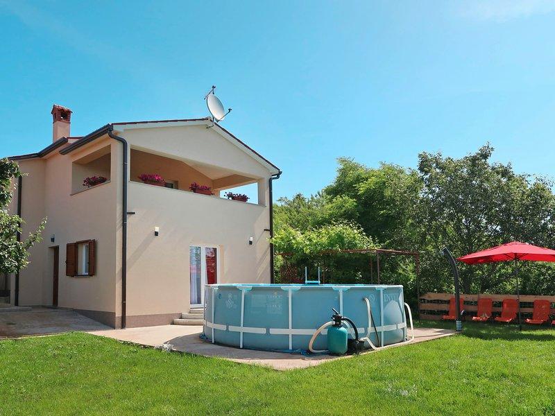 Lucija (LBN393), vacation rental in Sumber