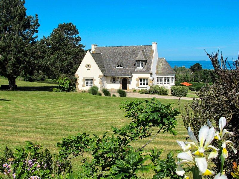 La Rotonde (PPB102), holiday rental in Trevou-Treguignec
