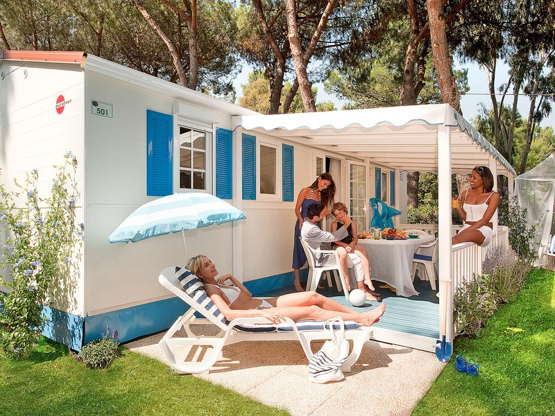Camping Village Baia Domizia (BDO122), vacation rental in Casamare