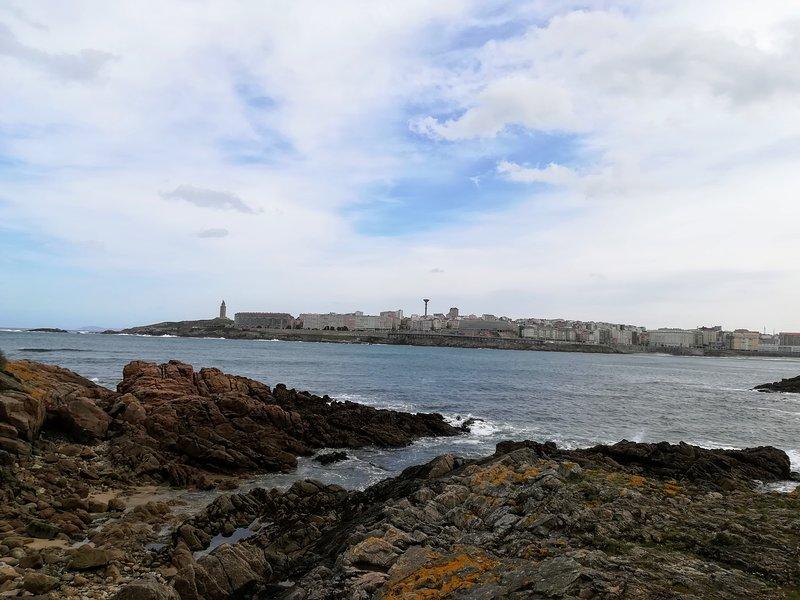 Apartamento vacional en la playa de Riazor en A Coruña-España, holiday rental in San Lorenzo