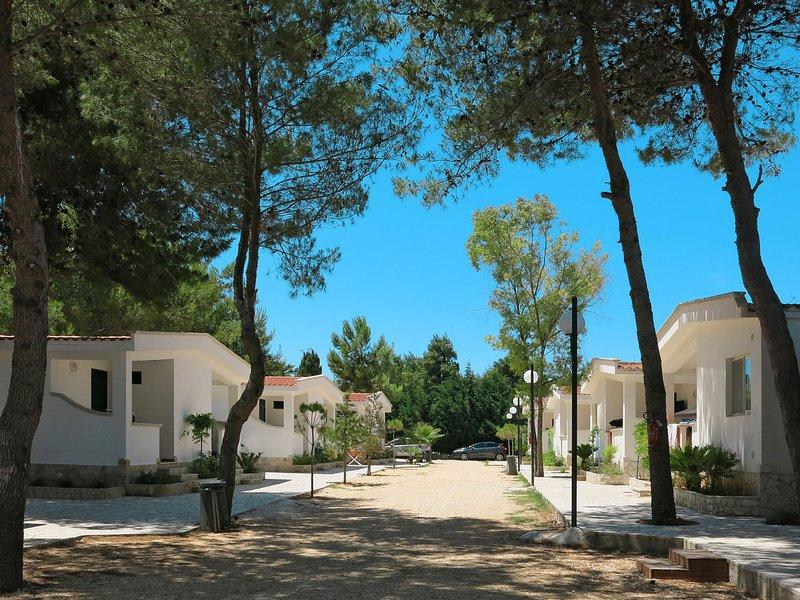 Villaggio San Paolo (VSI152), casa vacanza a Spiaggia Scialmarino