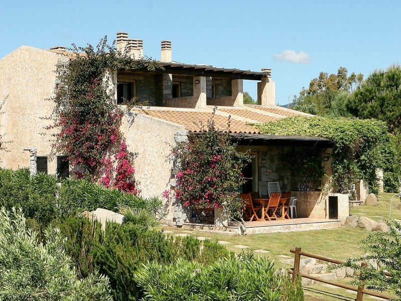 Residence Delphino (REI255), location de vacances à Cala Sinzias